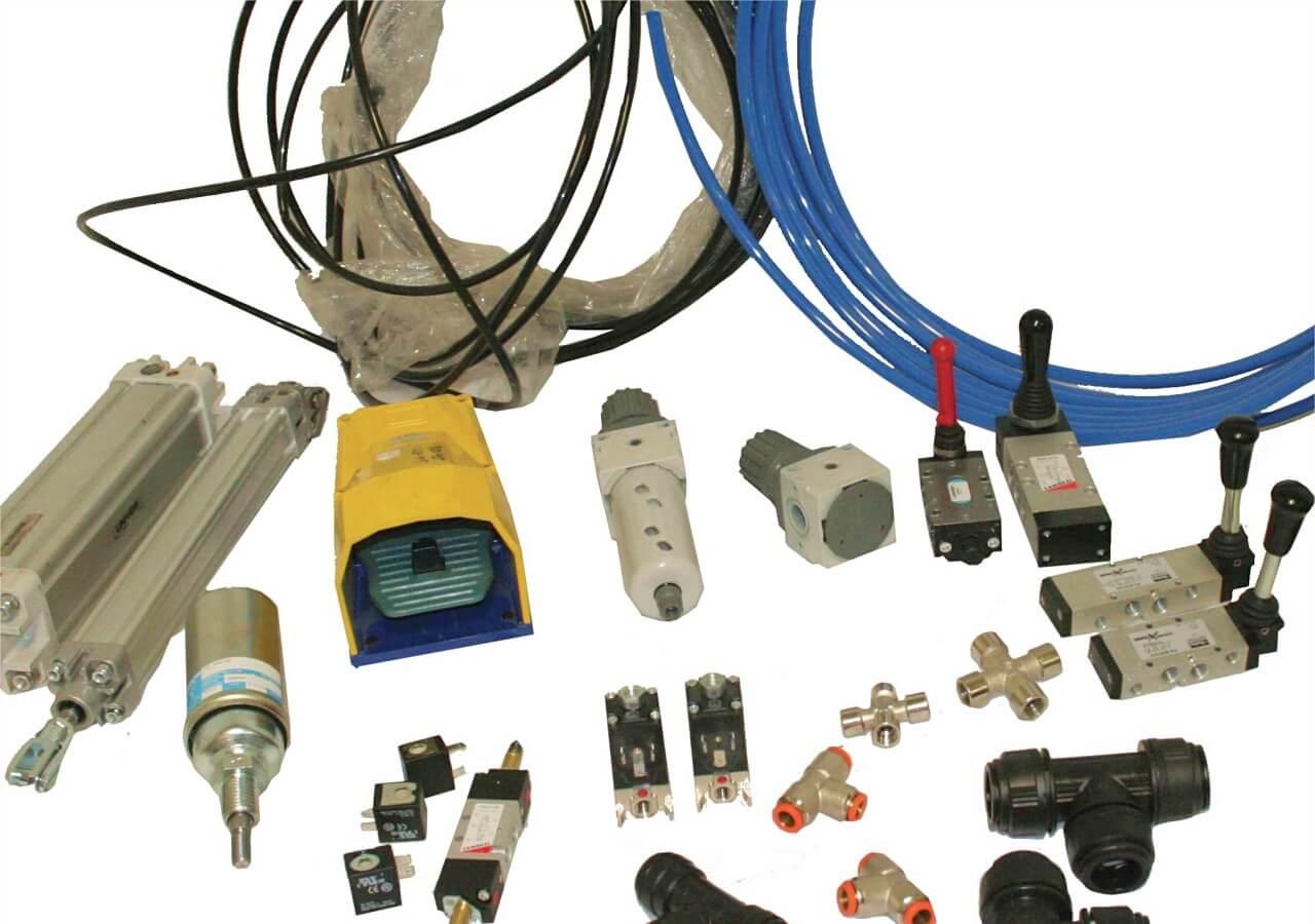 Pneumatiikka: Liittimet joka lähtöön, sylinterit mittatilaustyönä nopeilla toimitusajoilla, ilmankäsittely